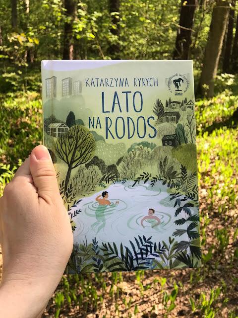 "Lato na ""Rodos""-książka do wakacyjnej walizki/Summer on 'Rodos' - a book for holiday suitcase"