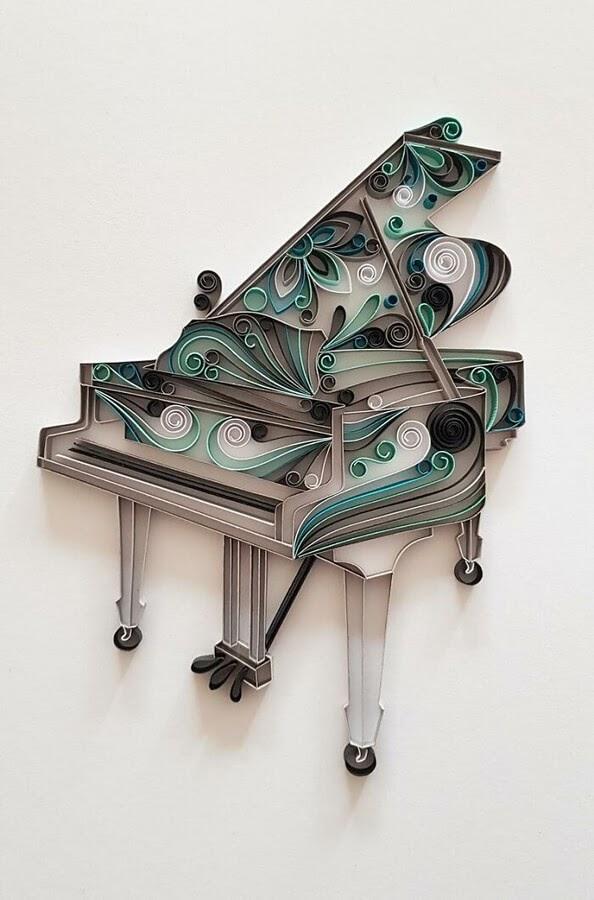 08-A-tuned-grand-piano-Gergana-Pencheva-www-designstack-co