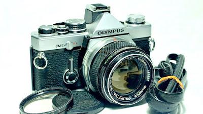 Olympus OM-2n (Chrome) Body #231, G.Zuiko 50mm F1.4 #697