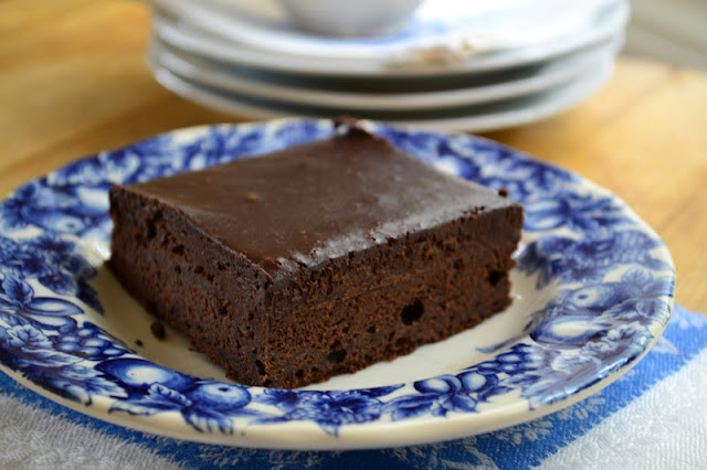 Cold Chocolate Snacking Cake is the ultimate late night snack! | theviewfromgreatisland.com