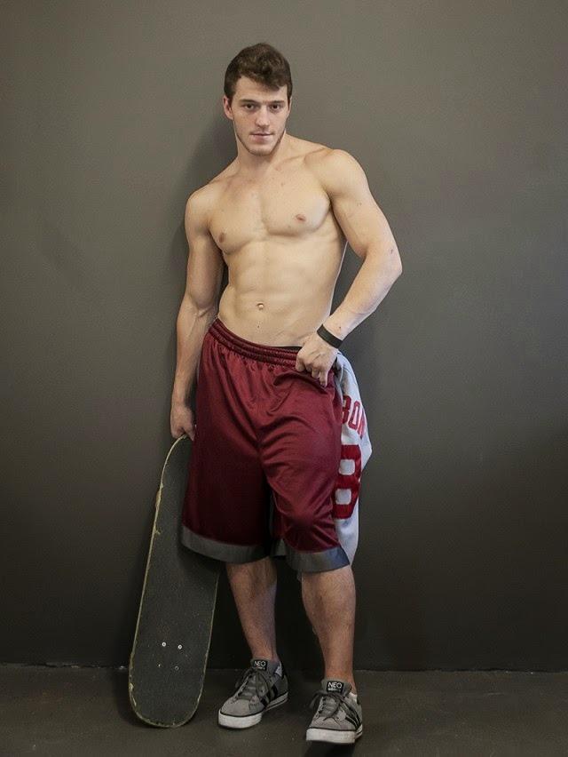sexy-fit-shirtless-skater-boys-baller-shorts-hunk