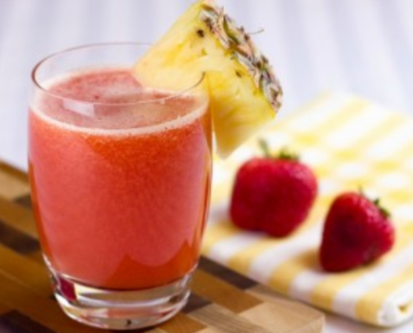 Method of action of pineapple and strawberry juice