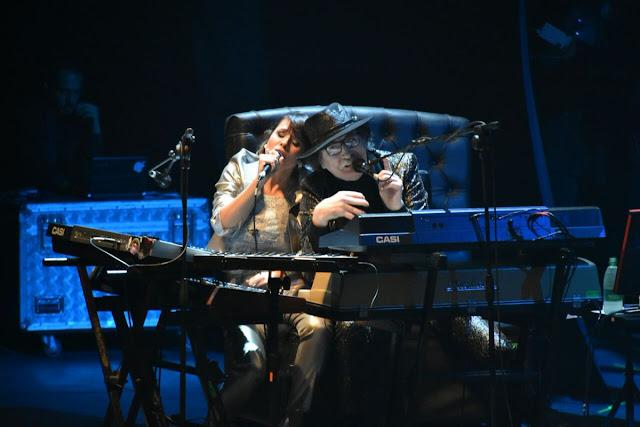 Todo sobre el show de Charly García en Rosario. Aguante el aguante.