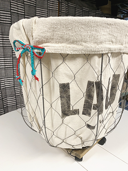laundry basket with ties