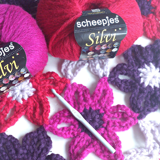 Chunky Crochet Flower Scarf