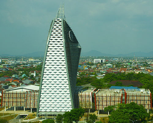 Tinuku Phinisi tower Makassar State University in facades symbol sailboat design Yu Sing