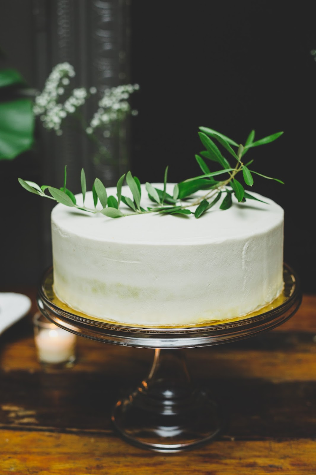Sweet Maresa's NYC vegan wedding cake   Documentary Wedding Photography - blog.cassiecastellaw.com