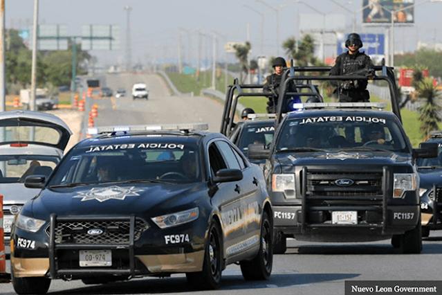 Estatales de Nuevo León vs Municipales  de Cd. Juarez por error se dan topón pensando que eran Sicarios, los de Chihuahua salieron huyendo al monte