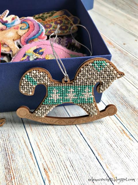 вышивка бисером на деревянной основе FLK156