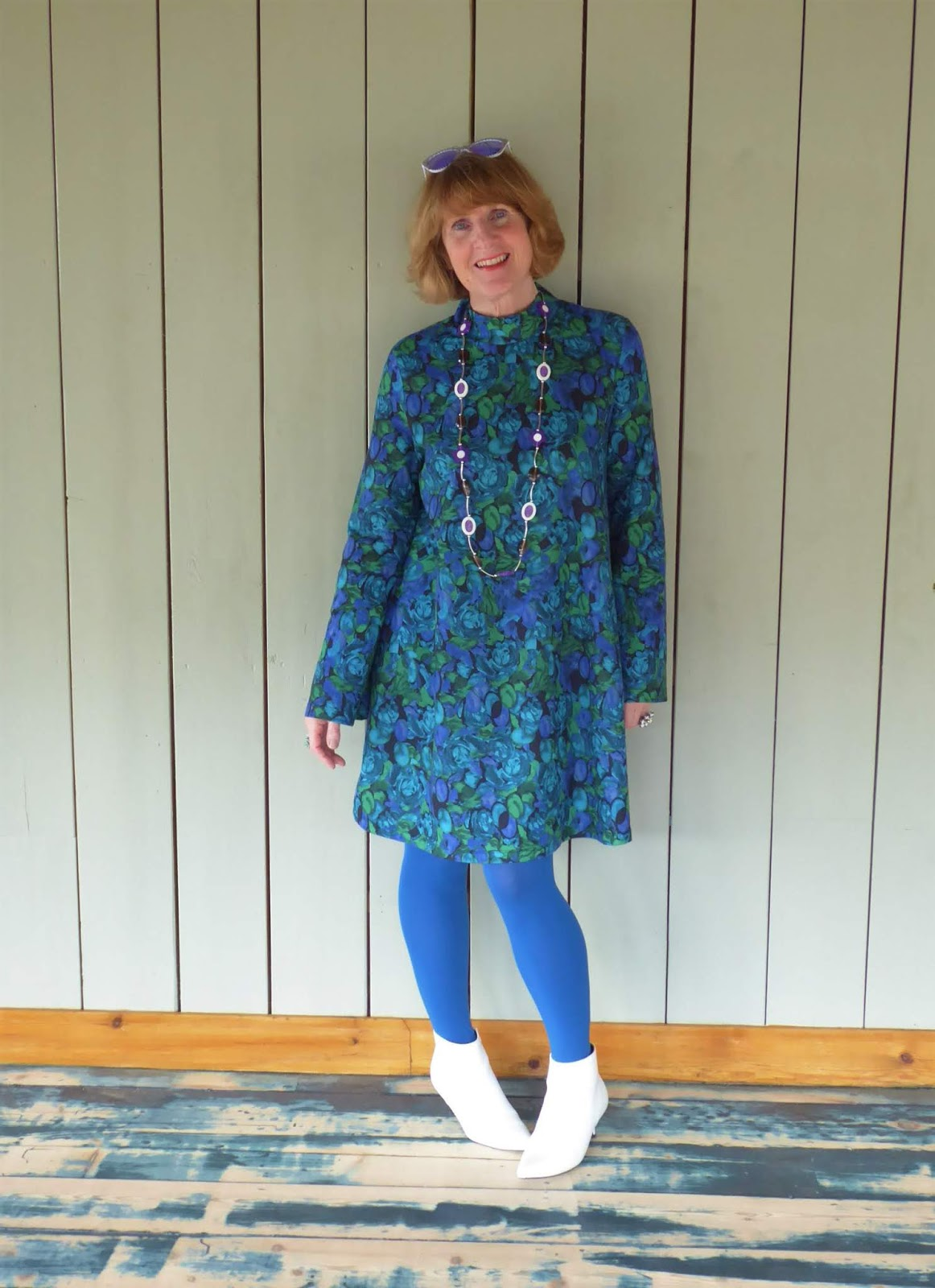 A 60s look for Flower Power with Zara dress blue tights and white ankle boots