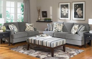 Покупка мягкой мебели.