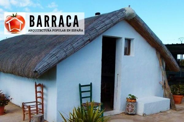 Barraca es un edificio típico en la zona baja de un huerto
