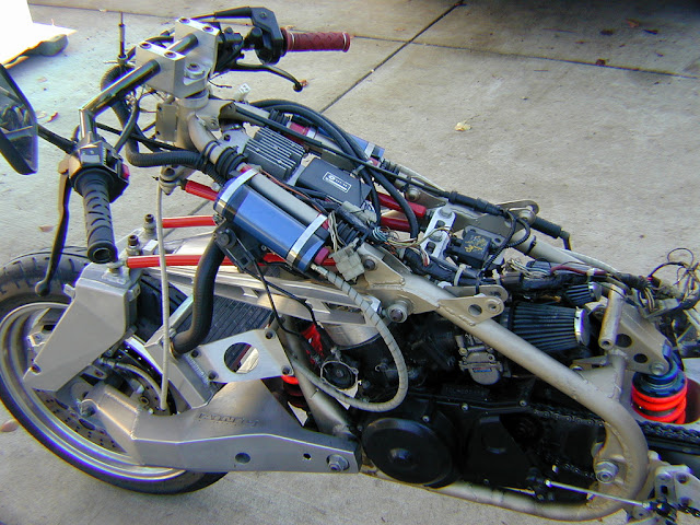 Julian Farnam FFE 350 Forkless Yamaha RZ