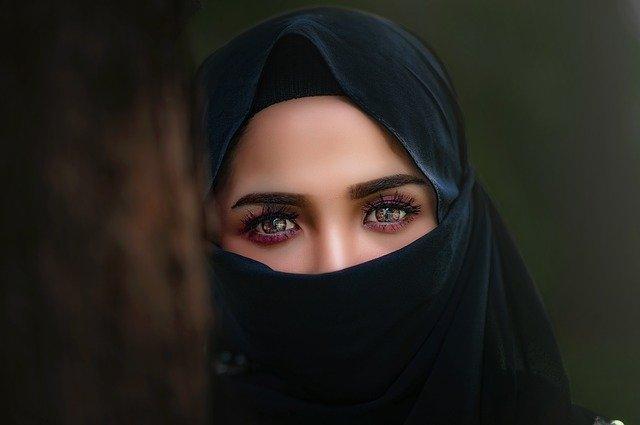 wanita sederhana membuat hati pria luluh