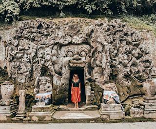 Situs Goa Gajah Bali, Wisata Religi dan Budaya