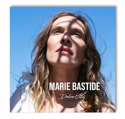 """L'EP est accompagné du clip de """"Emmène-Moi"""", un titre fort et sensuel"""