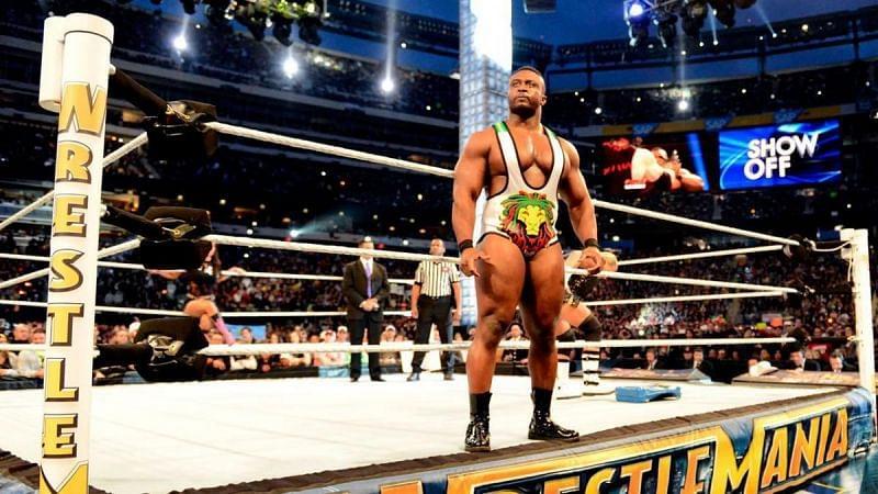 """WWE adiou dois combates do TLC para """"segurar"""" a audiência do Friday Night SmackDown"""
