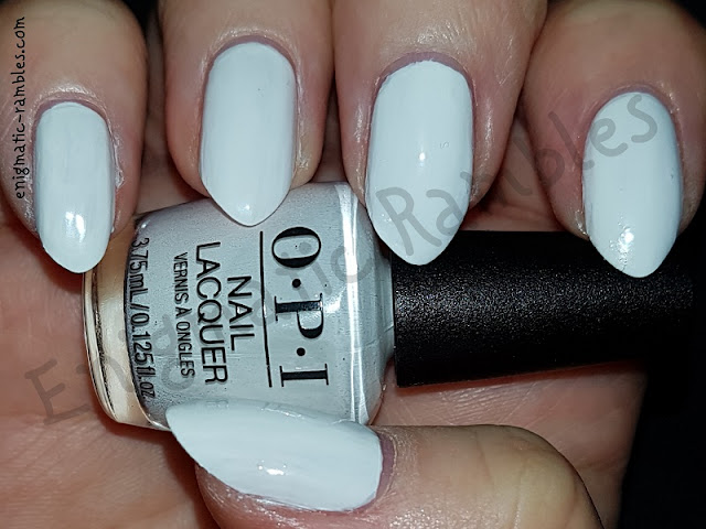 Swatch-OPI-Alpine-Snow