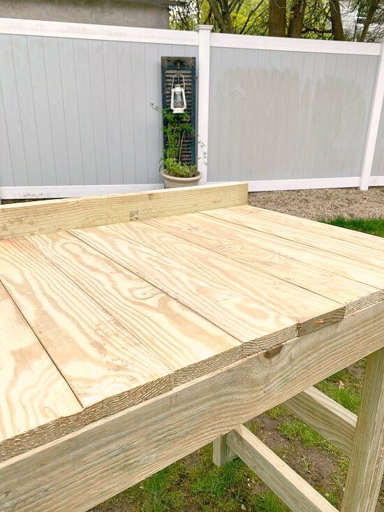 Easy Tutorial for a weekend project potting table