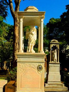 Jazigo da Marquesa de Santos no Cemitério da Consolação