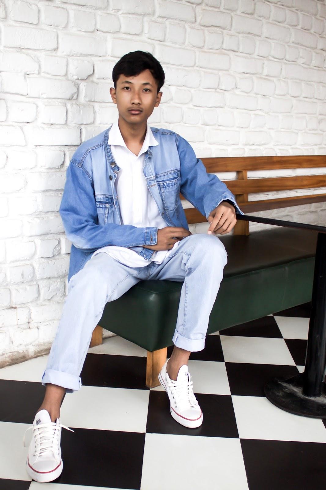 TheQuirkyMinimal by Kangkan Rabha Indian Menswear fashion blog review on 11th Avenue Cafe Bistro uzan bazaa Guwahati