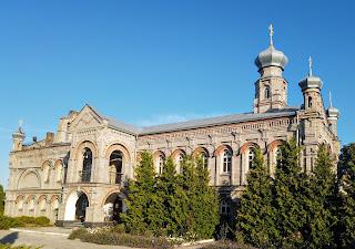 """Миропілля. Церква ікони Божої Матері """"Всіх скорботних радість""""  Миколаївського монастиря"""