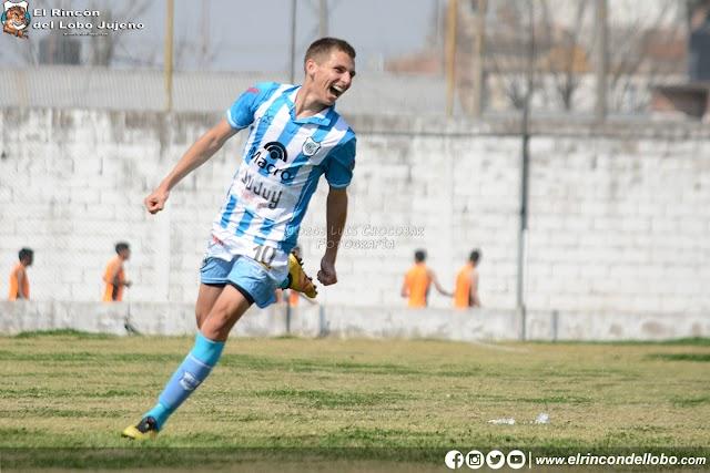 Juárez y Yécora también se convirtieron en futbolístas profesionales