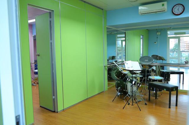 Phòng học trống  - Trường nhạc SMS quận 2 - Cơ sở 3