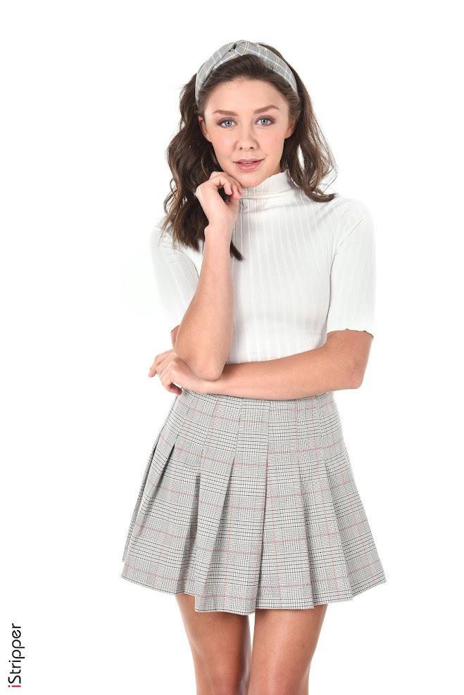 1593584626_tin [iStripper] Tina - Miniskirt Flirt