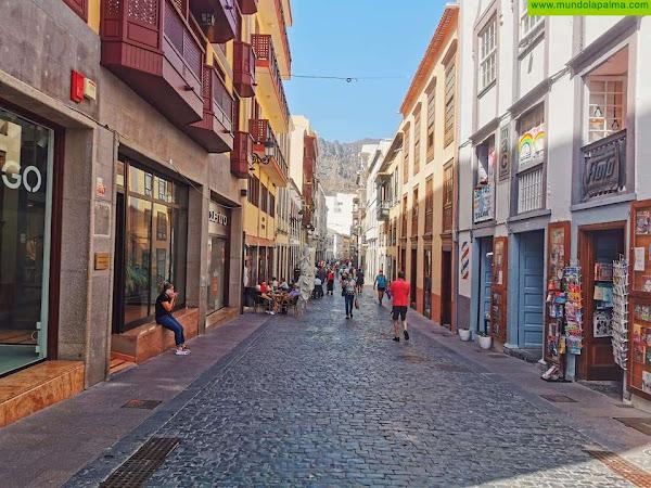 El Ayuntamiento de Santa Cruz de La Palma colabora con el sector empresarial en una campaña de incentivo del consumo local