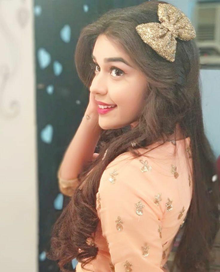 Zara Siddiqui (Eisha Singh) Latest Photos And Biography