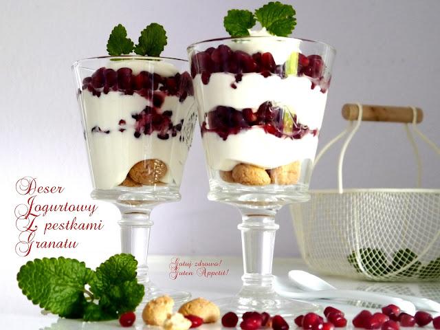 Deser jogurtowy z pestkami granatu - Czytaj więcej »