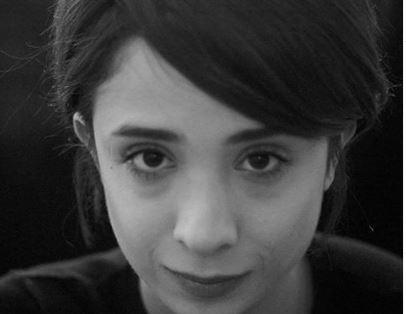 Sen Çal Kapımı Serkan'a Aşık Olan Leyla Kimdir?