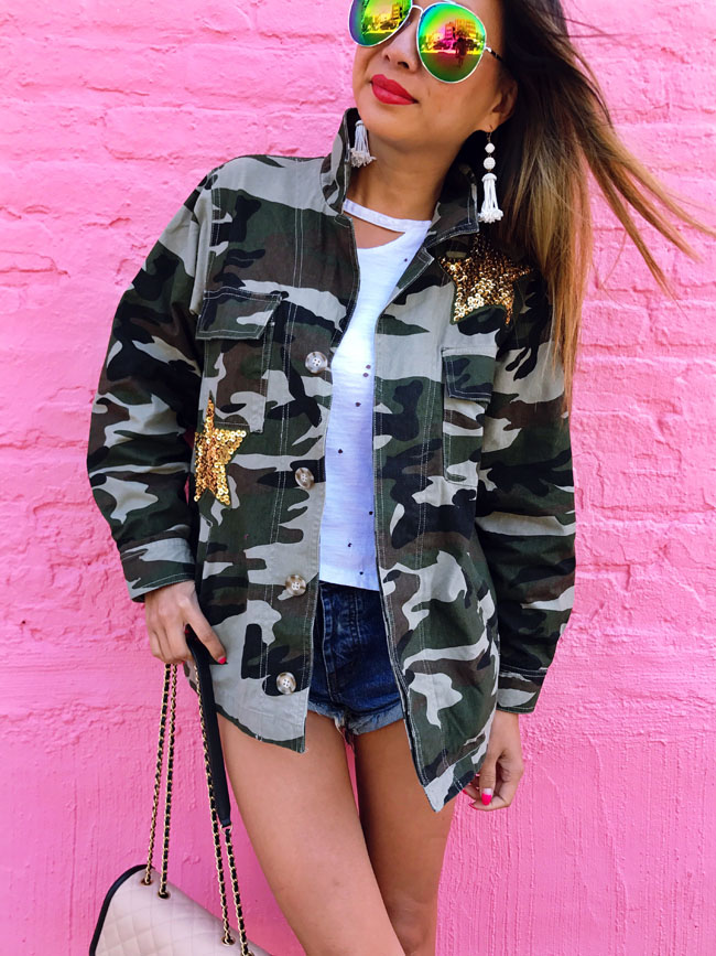 How to Style a Camouflage Jacket, Summer Jacket, Denim and Jacket, Summer Style