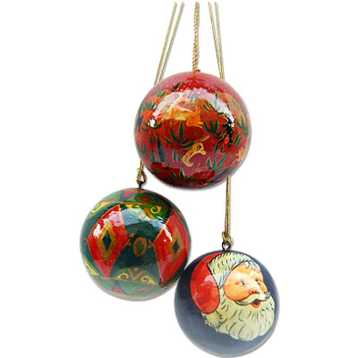 Cute Collections of Christmas Balls for Decorations