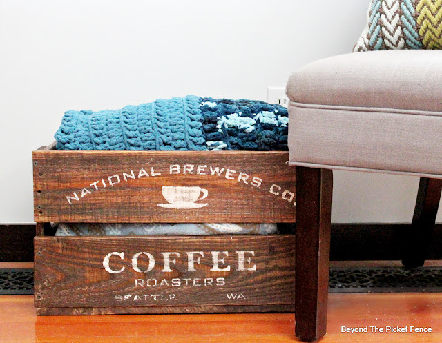 Pallet Wood Coffee Crate