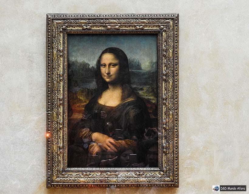 Mona Lisa no Museu do Louvre - Diário de Bordo - 3 dias em Paris