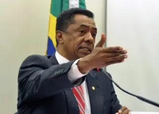 Covid-19: Damião Feliciano é internado na UTI em hospital de São Paulo