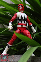 Lightning Collection Lost Galaxy Red Ranger 16