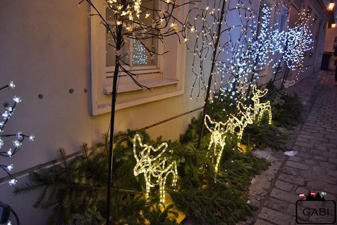 Jarmarki świąteczne na Maria Theresien Platz i am Spittelberg