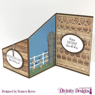 Hogs & Kisses, Stamp/Die Duos: Farm Friends, Custom  Dies: Z Fold Card with Layers, Barn, Farm Fence, Chicken Wire Background, Ovals, Scalloped Ovals, Paper Collection: Weathered Wood, Old Glory, Boho Bolds