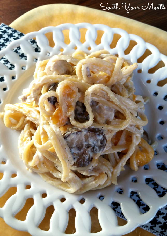 Classic chicken (or turkey!) tetrazzini made with pasta, mushrooms, wine (optional) and cheese. Super easy AND super delicious!