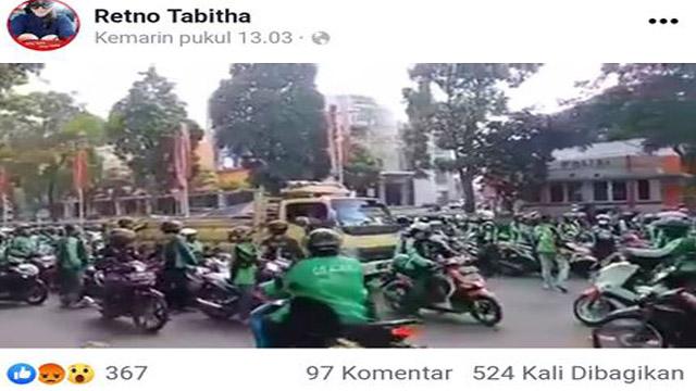 driver-ojek-online-hadang-truk-sembako-surabaya