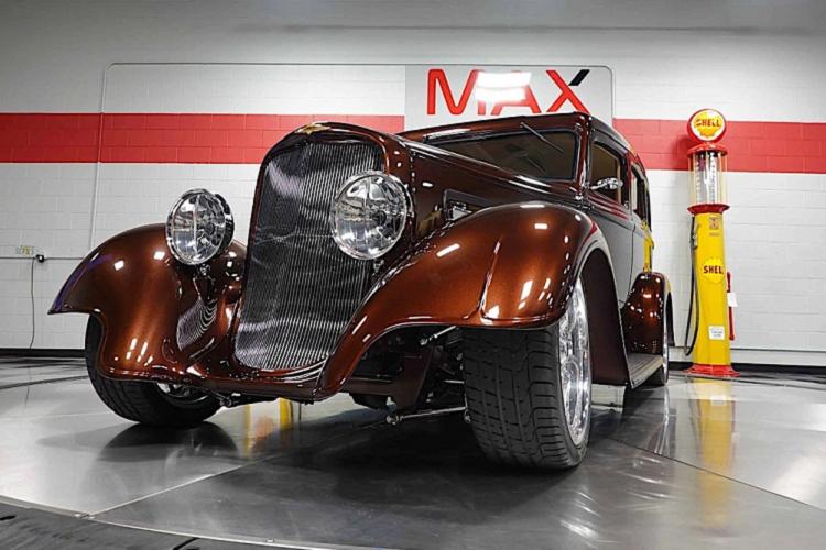 Chi tiết xe cổ Dodge SRT33 1933 hàng hiếm