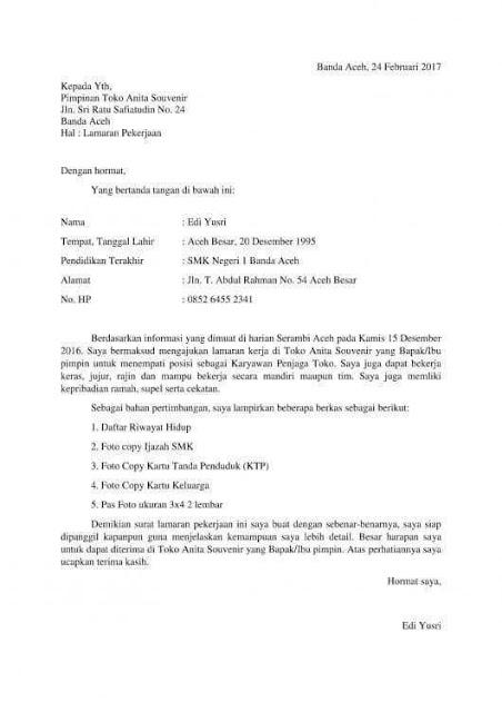 Contoh Surat Lamaran Kerja Simpel (via: suratresmi.net)