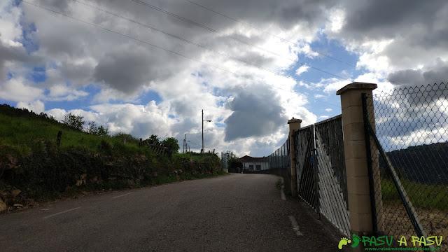 Carretera por Villarín hacia el Monte las Cruces