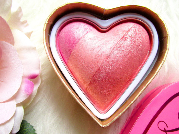 I Heart Makeup Blushing Hearts Triple Baked Blusher - Candy Queen of Hearts - Makeup Revolution