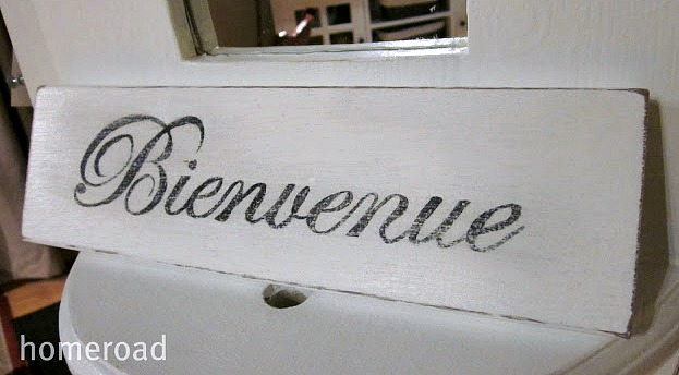 How to Make a DIY French Welcome Sign