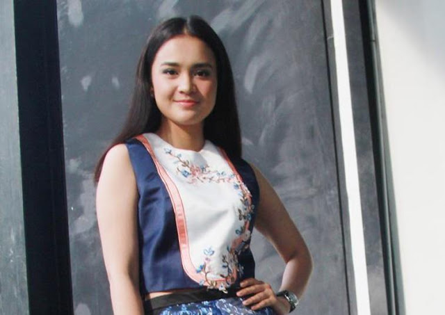 Didampingi Dua Cowok Ganteng, Michelle Ziudith Bangga