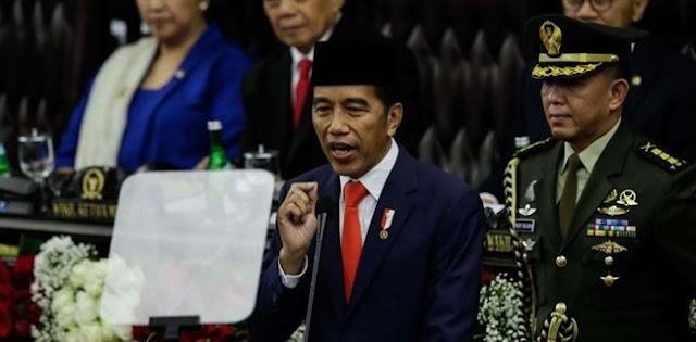 Pengamat: Menaikkan BPJS Itu Kebijakan Berbahaya, Jokowi Bisa Di-impeachment